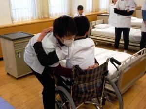 介護職員初任者研修はじまってます!!