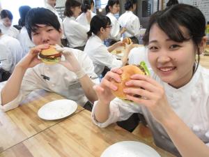 2Bクラス☆ハンバーガー!!とその他色々☆