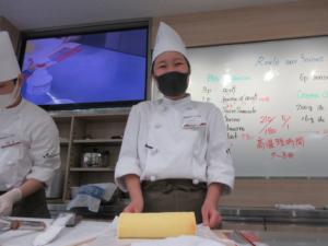 1Aクラス☆ロールケーキに挑戦!